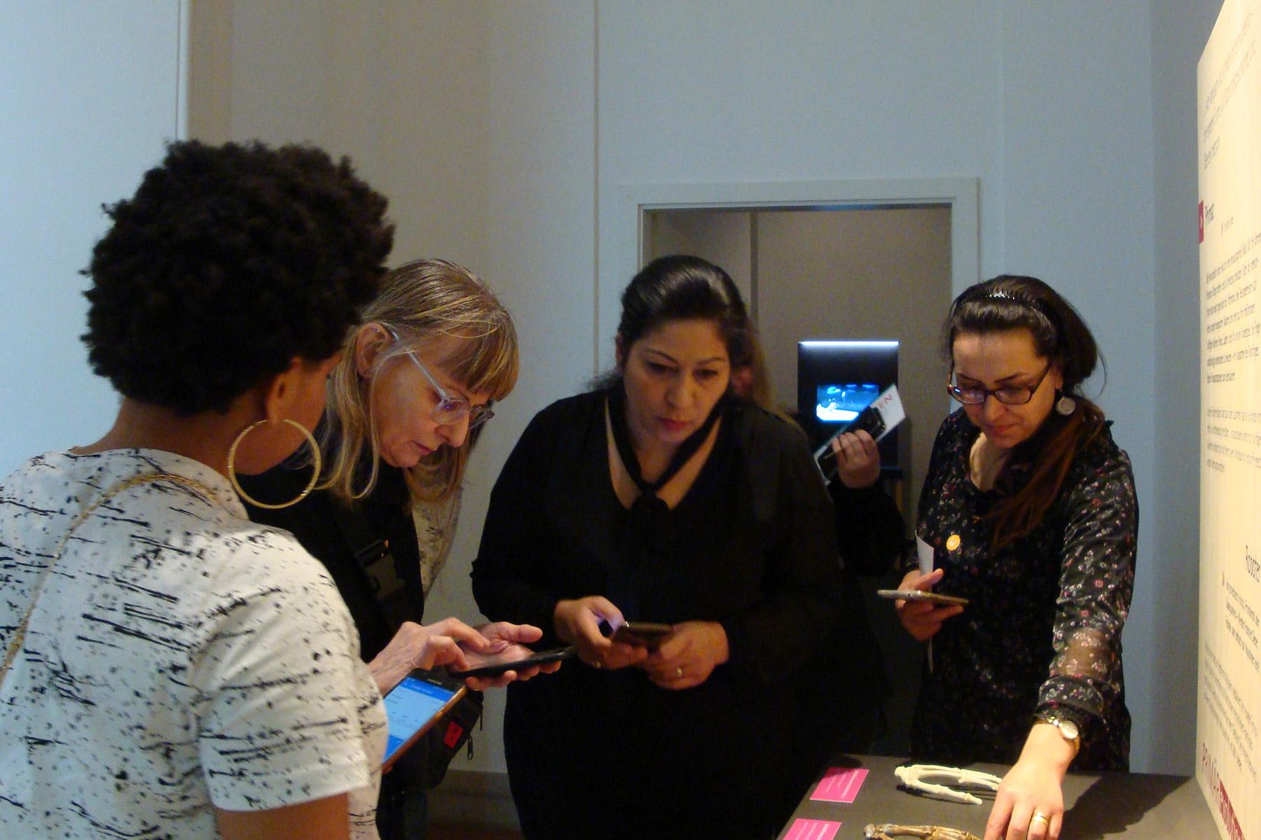 Teilnehmerinnen Weiterbildung für Migrantinnen im Museum für Kommunikation